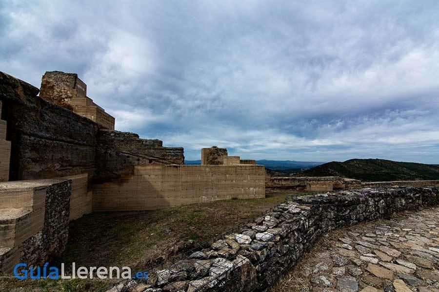 Alcazaba de Reina